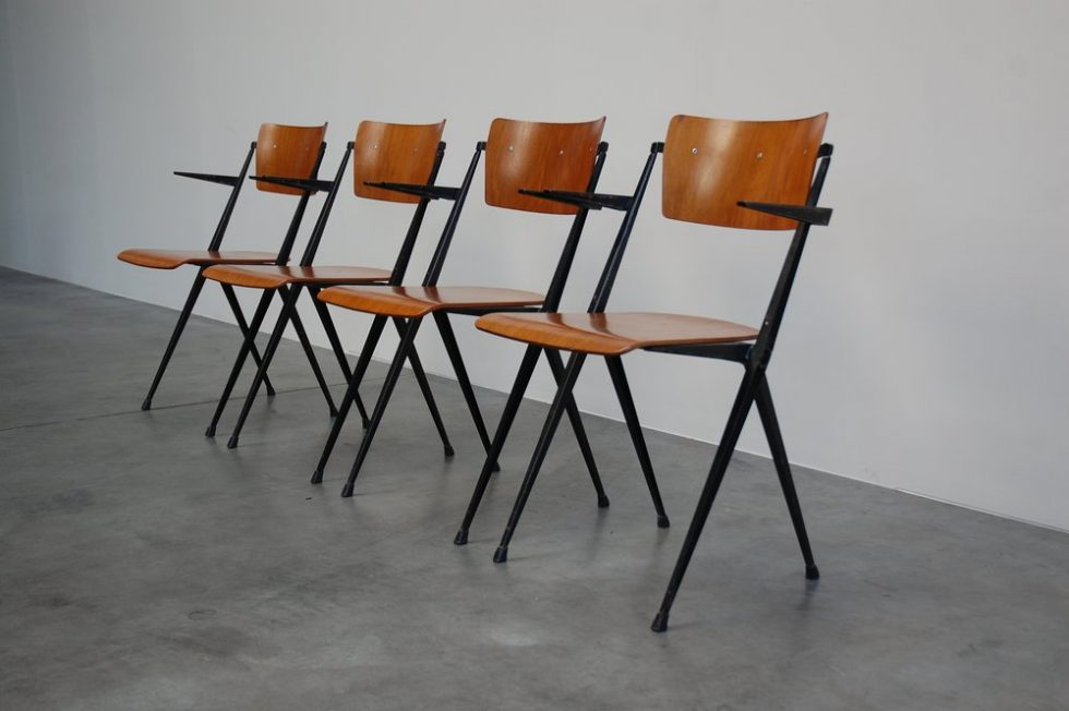 Wim Rietveld Pyramid chairs set of 4 for Ahrend de Cirkel 1960