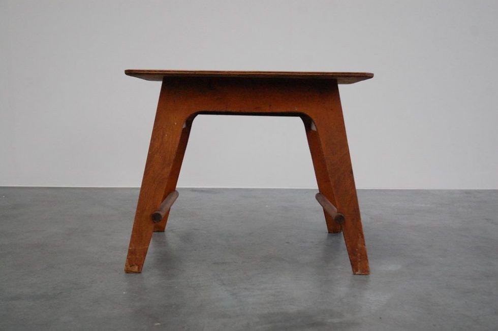 Ado Ko Verzuu kids table by Ado 1940
