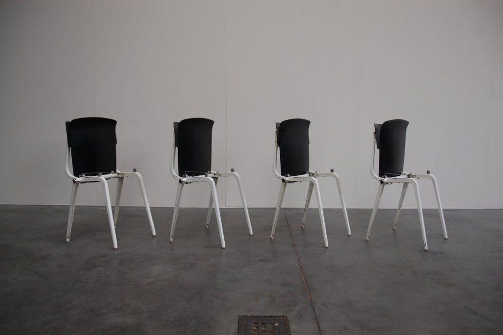 Friso Kramer Revolt folding chairs for Ahrend de Cirkel 1953