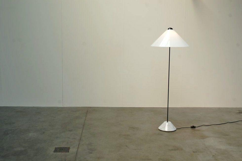 Vico Magistretti 'Snow' floor lamp for Oluce 1973