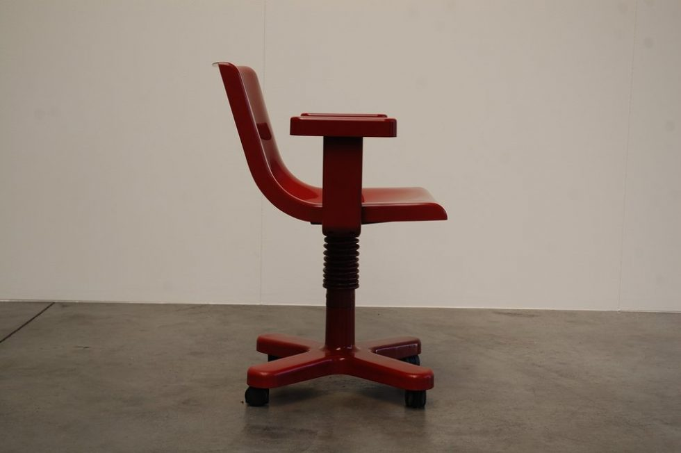 Ettore Sottsass Olivetti Synthesis desk chair 1973