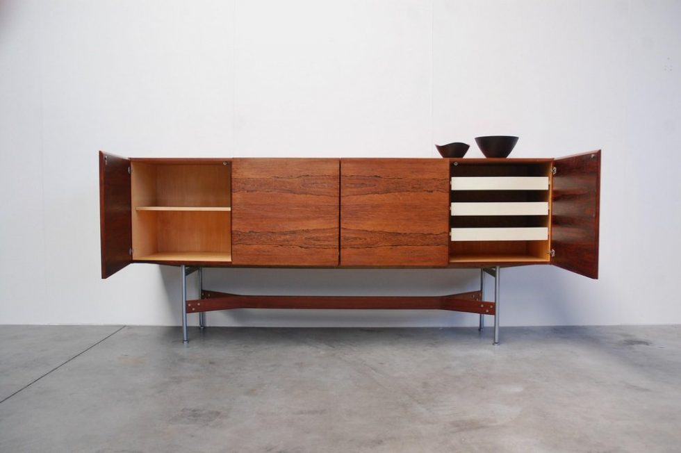 Fristho rosewood sideboard by R Glatzel, Franeker ca 1955