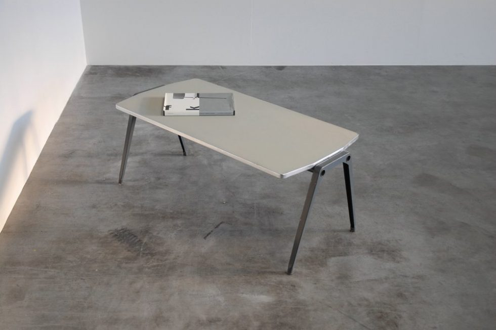 Friso Kramer Reform side table by Ahrend 1960