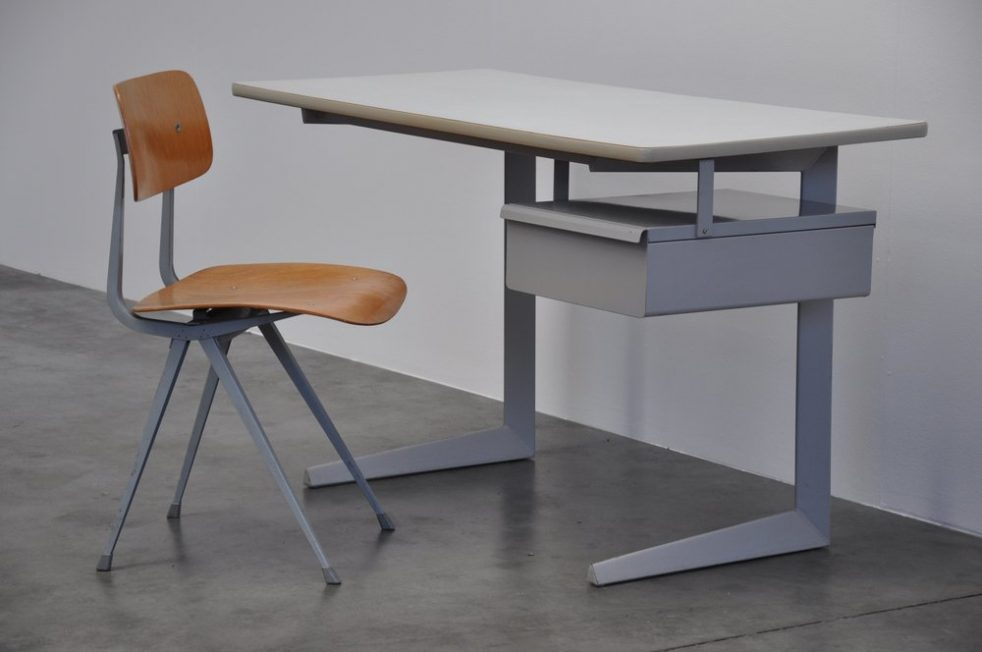 Friso Kramer Result desk for Ahrend de Cirkel 1958