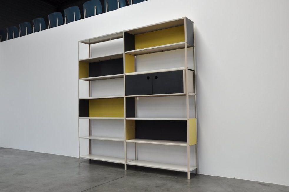 Friso Kramer Bijenkorf bookcase for Asmeta, 1953