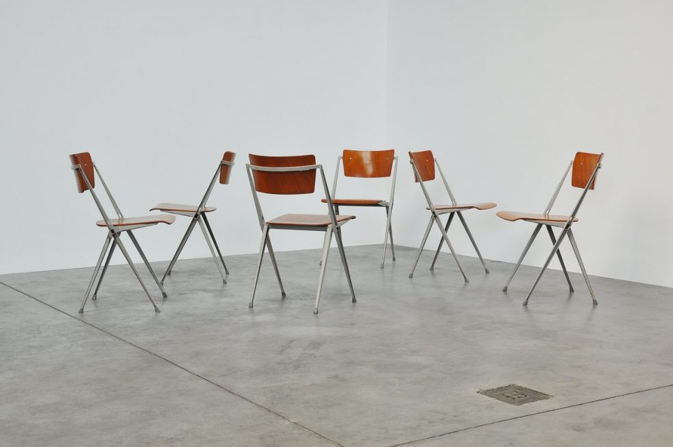 Wim Rietveld Pyramid chairs for Ahrend de Cirkel 1960