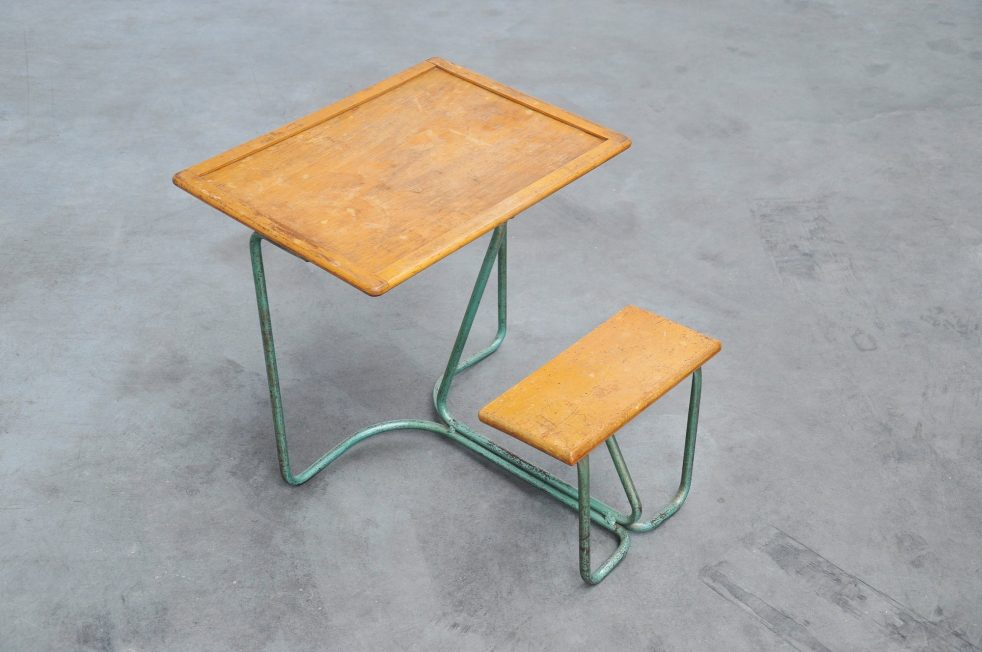 Tubular kids school desk Holland ca. 1940