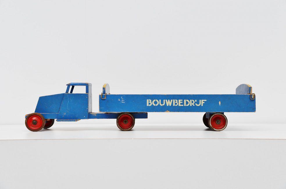 Ado Ko Verzuu toy truck Bouwbedrijf 1939