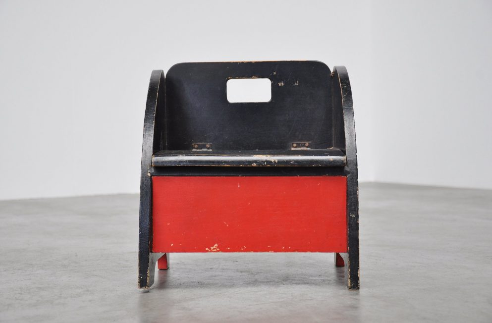 Kids toilet chair Vilmos Huszar 1945