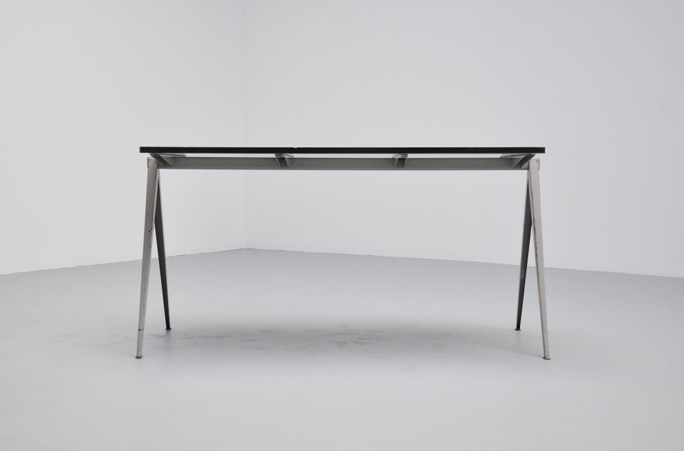 Wim Rietveld large pyramid table for Ahrend de Cirkel 1959
