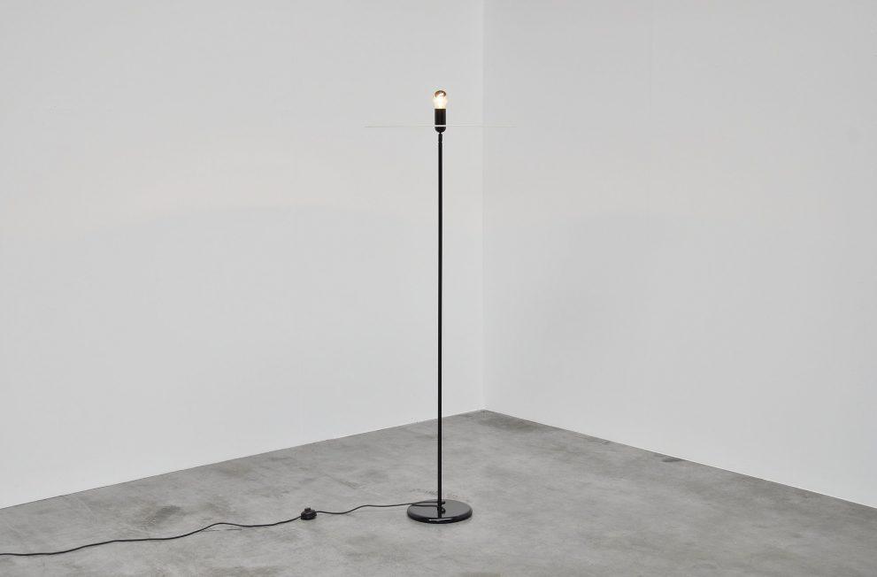 Aldo van den Nieuwelaar Disk floor lamp Nila & Nila 1974