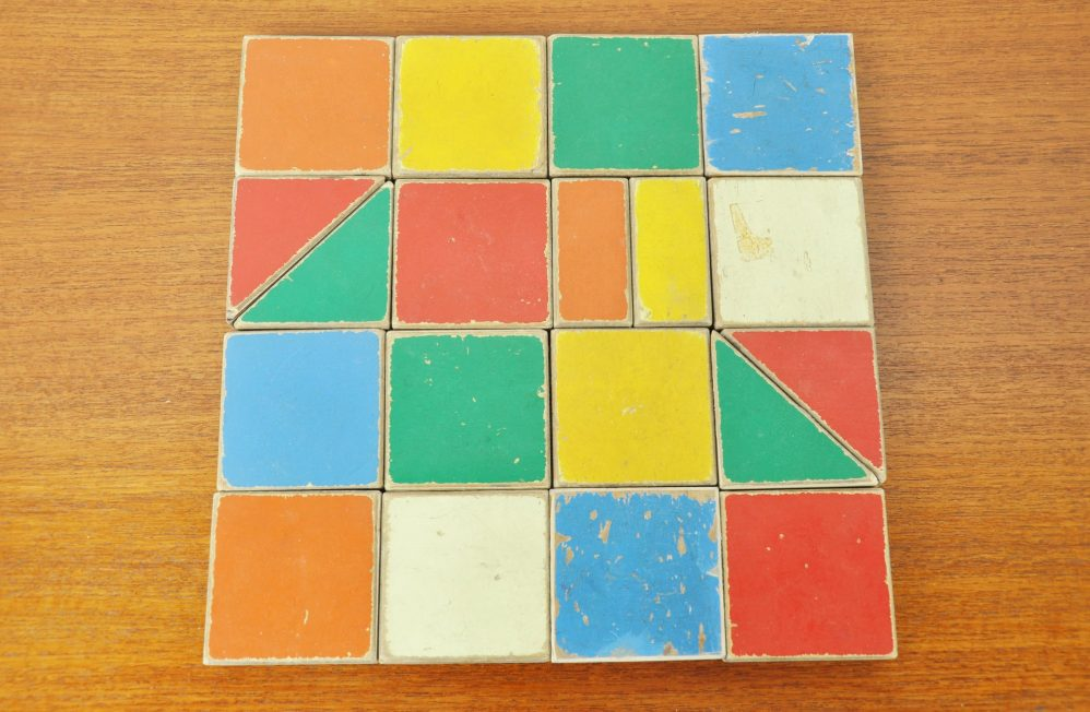 ADO Ko Verzuu puzzle box 1950