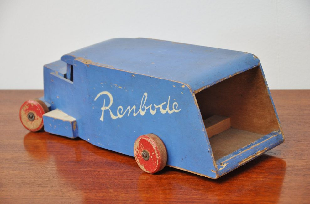 ADO Ko Verzuu Renbode toy car 1940
