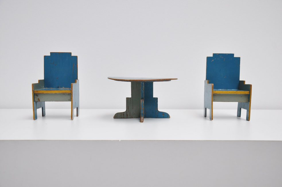 Ado Ko Verzuu toy seating set 1932