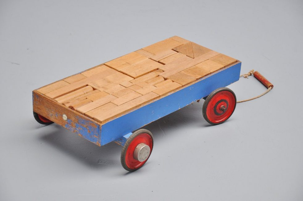 Kids cube cart by Koo Verzuu for Ado 1935