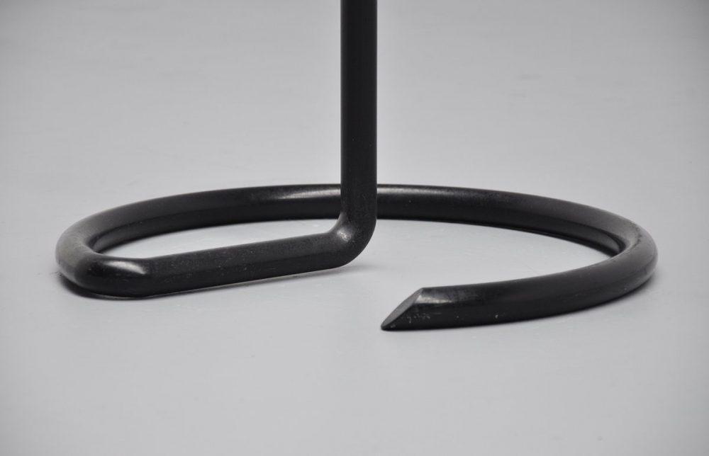 Pop art sculpture knot shaped 1970