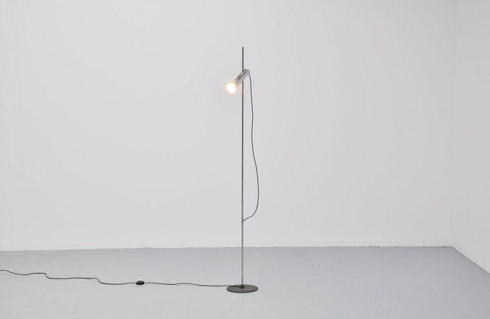 Gino Sarfatti Arteluce model 1074 floor lamp 1956