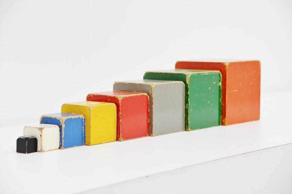 Ado Ko Verzuu large cubes set 1950