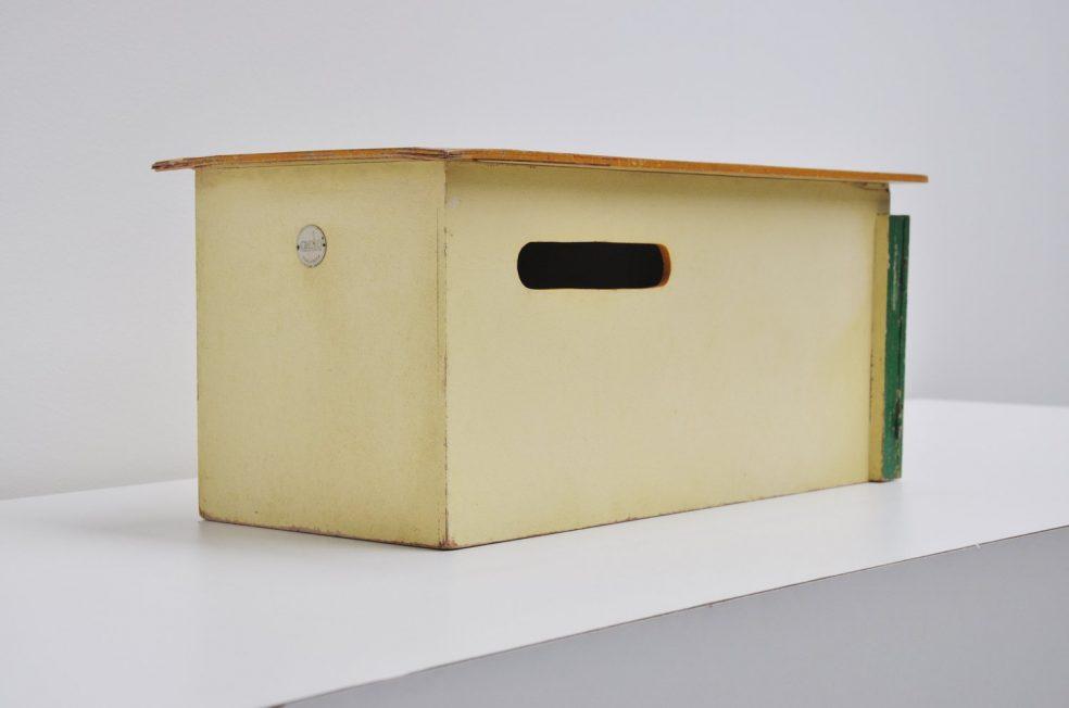 Ko Verzuu car garage for Ado 1935