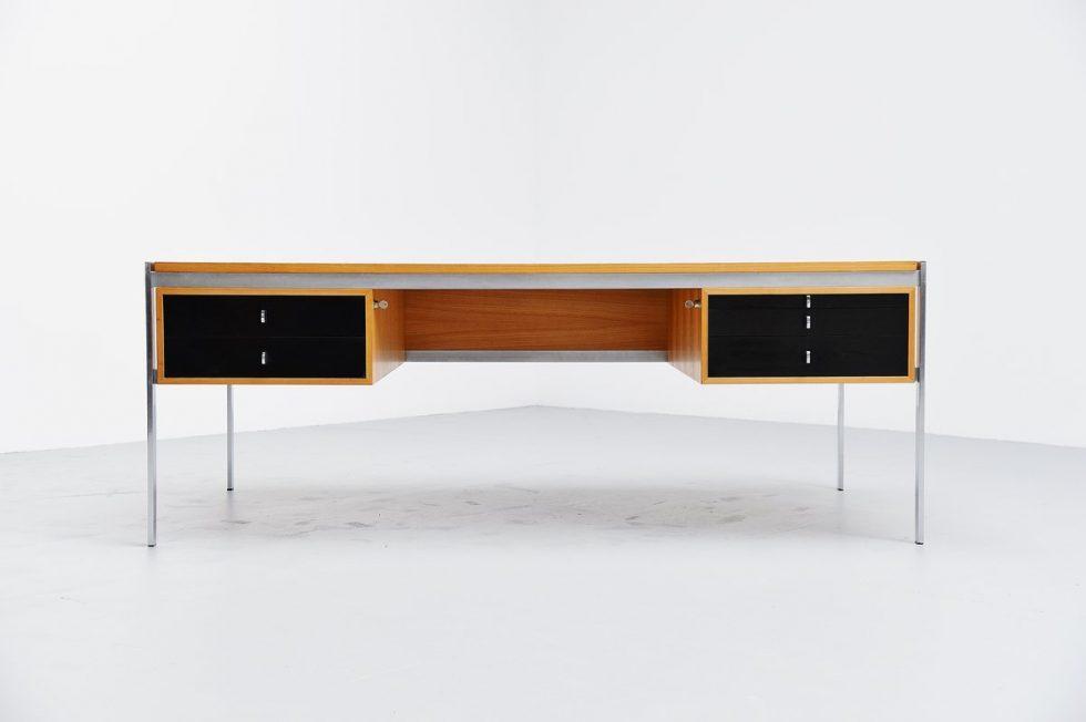 Preben Fabricius & Jorgen Kastholm Kill international desk 1960
