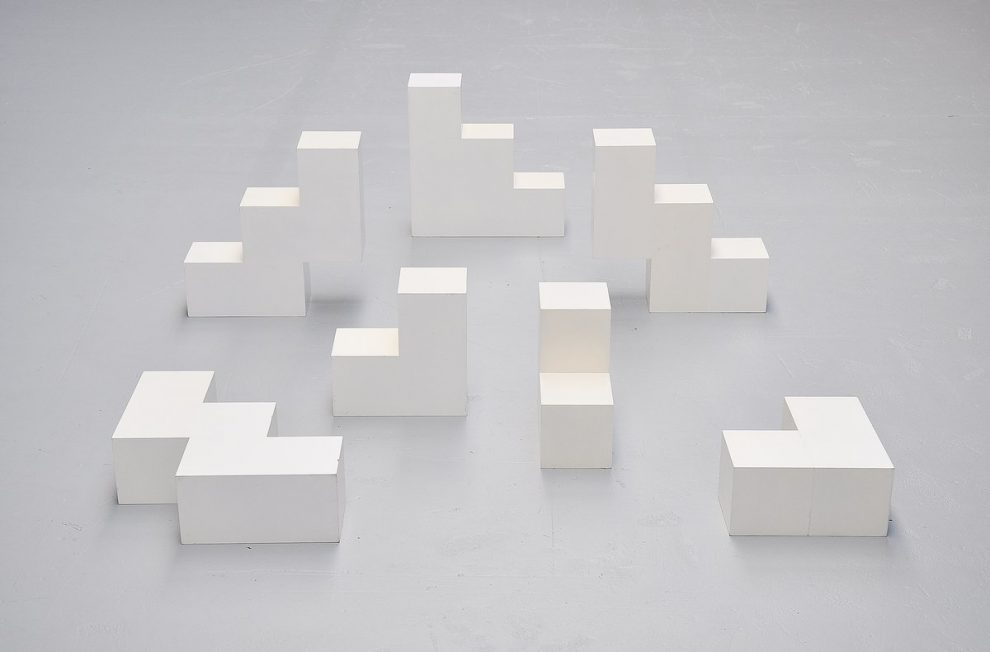 Bijenkorf sculptural cubes do it yourself art Holland 1970