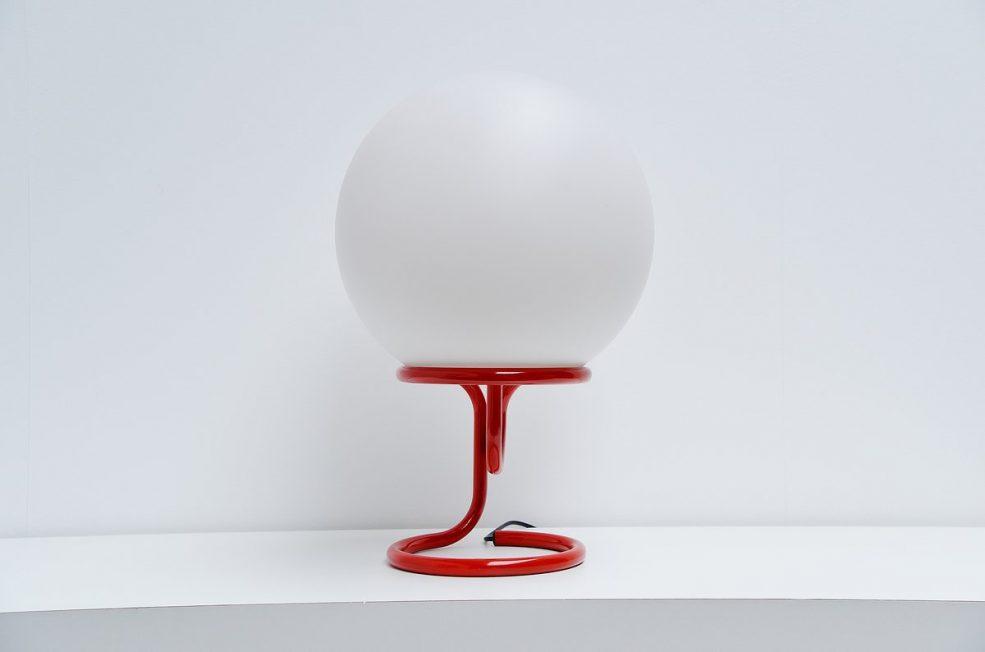 Aldo van den Nieuwelaar globe table lamp 1967