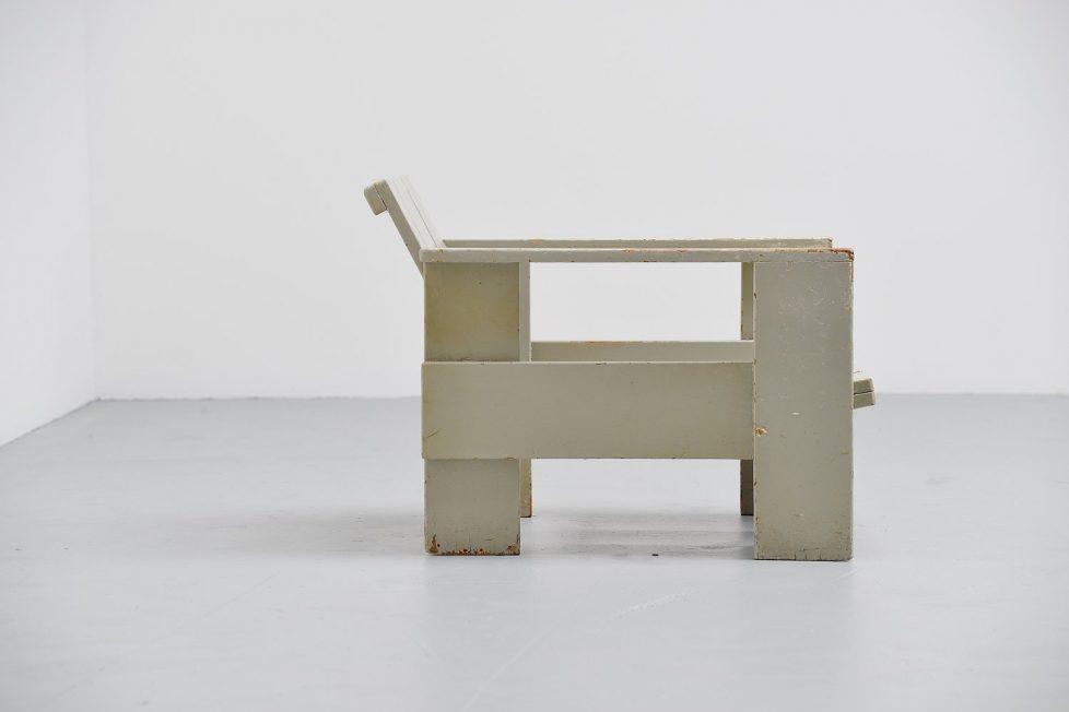 Gerrit Thomas Rietveld crate chair Metz & Co 1940