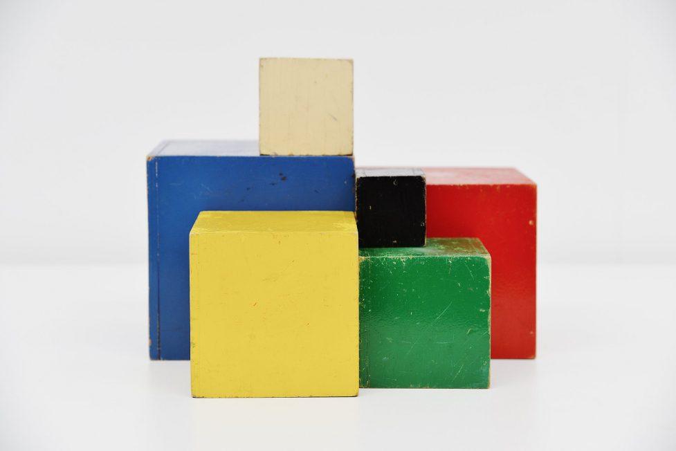Ado cubes set Ko Verzuu 1940