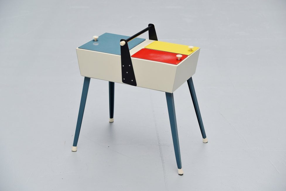 Unusual fifties sewing box Holland 1950