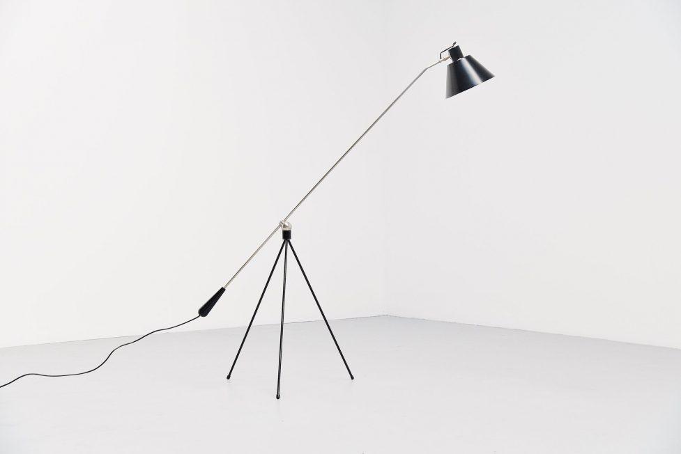 H. Fillekes Magneto floor lamp Artiforte 1954