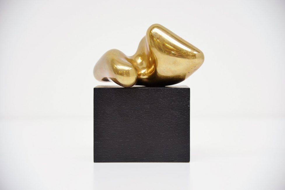 Fons Schobbers vita bronze sculpture Holland 1975