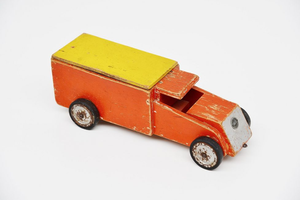 Ado Ko Verzuu small truck, Holland 1951