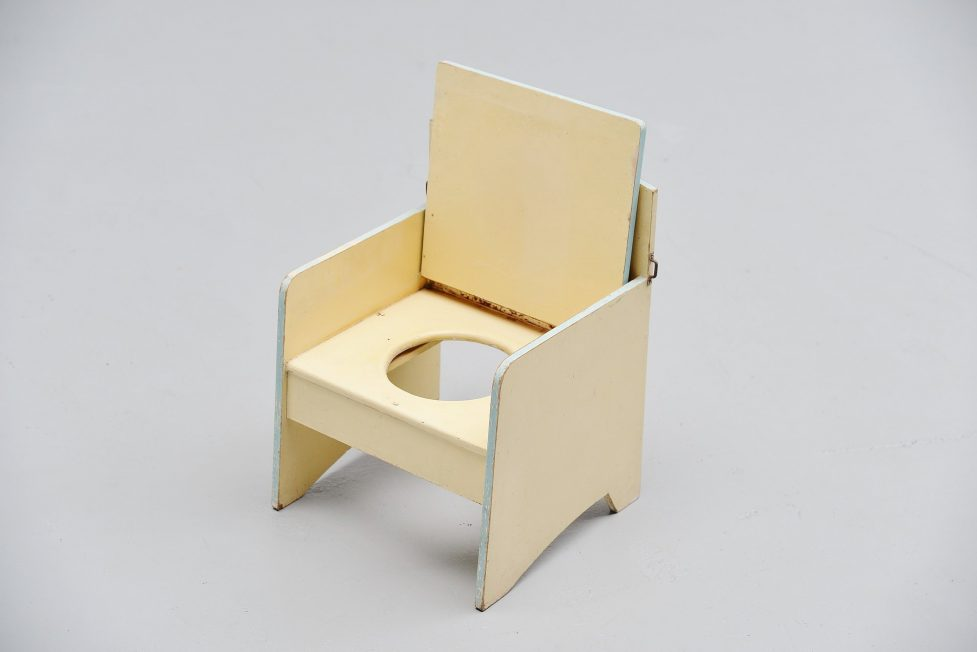 Kids chair with foldable seat Holland 1950