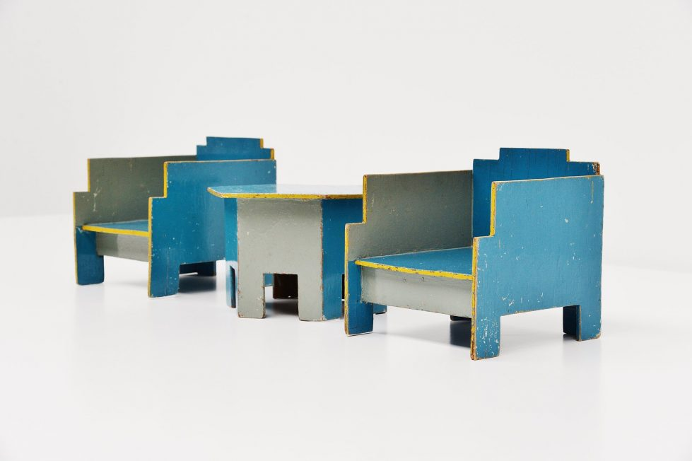 Ado Ko Verzuu toy seating set Metz & Co 1932