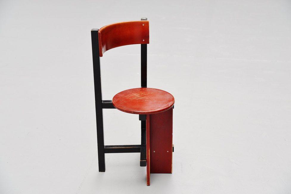 Piet Blom Bastille chair for Twente Institute of technology 1964