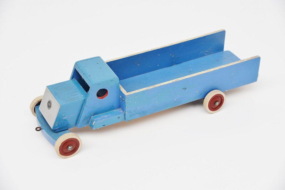 Ado Ko Verzuu blue pick-up truck Holland 1950