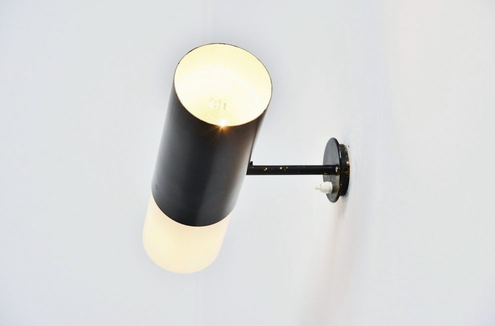 Gino Sarfatti wall lamp model 205 Arteluce 1955