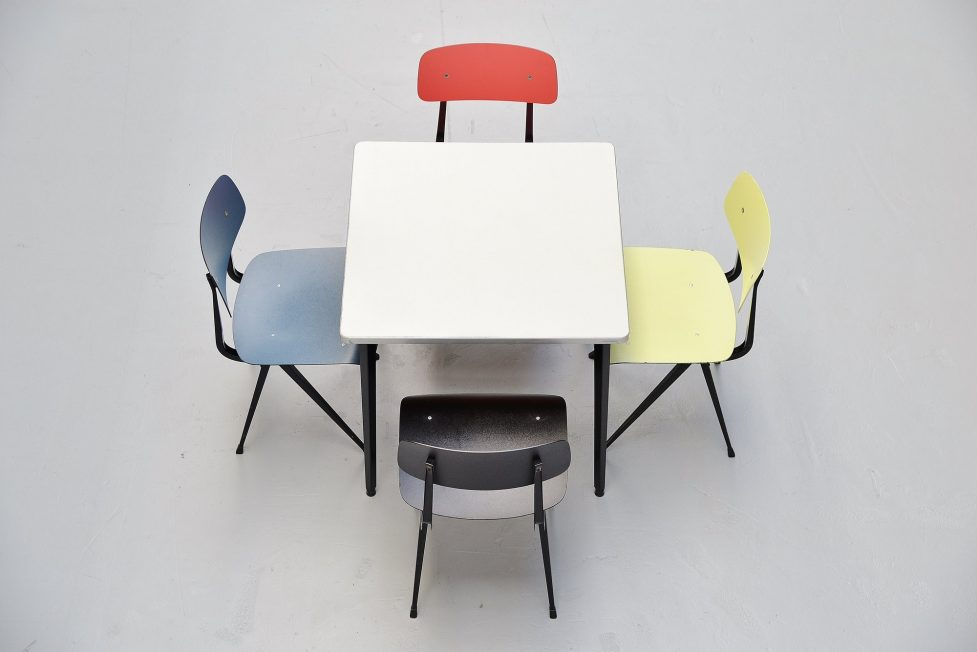Friso Kramer Reform table square, Ahrend de Cirkel 1955