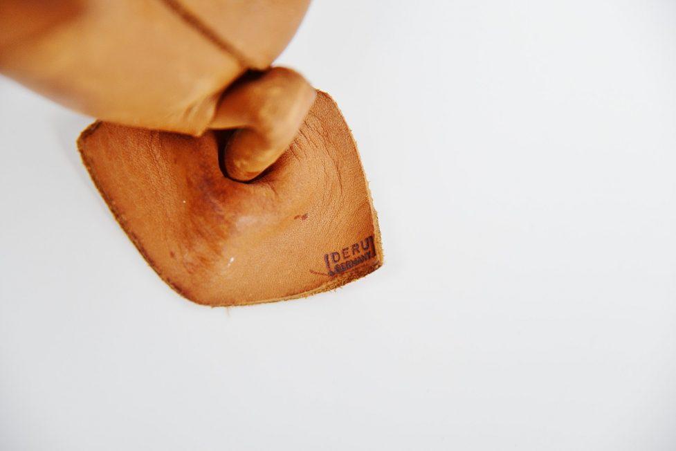 Deru leather crafted set of animals 1960