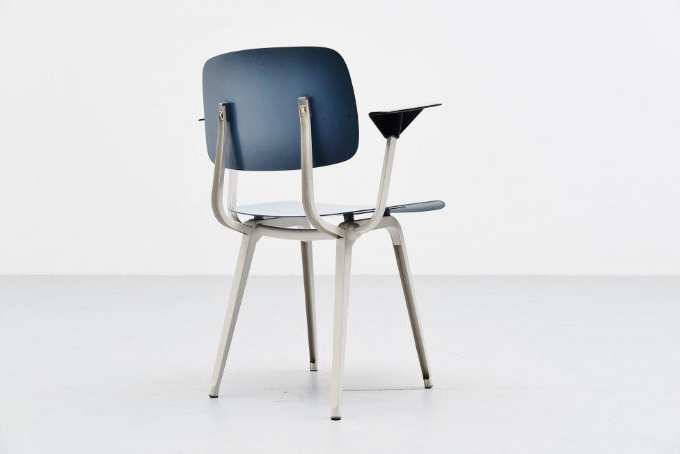 Friso Kramer Revolt arm chair for Ahrend de Cirkel 1953