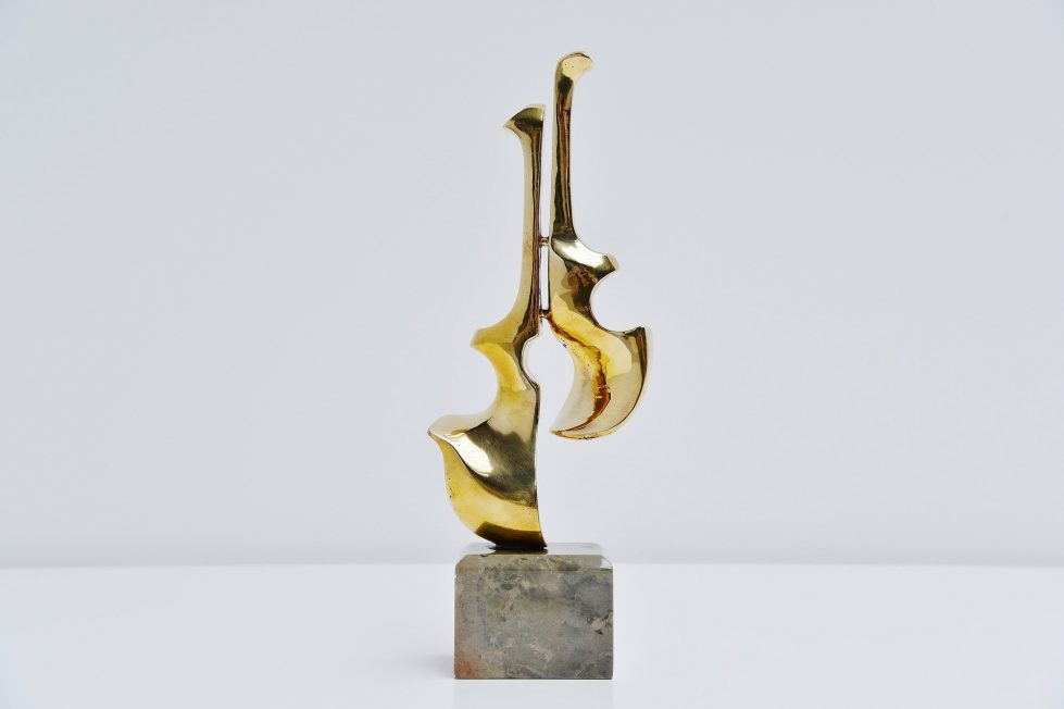 Hattakitkosol Somchai bronze guitar / violin sculpture 1970