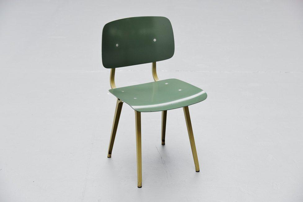 Friso Kramer Revolt chair Ahrend de Cirkel 1953 Olive Green