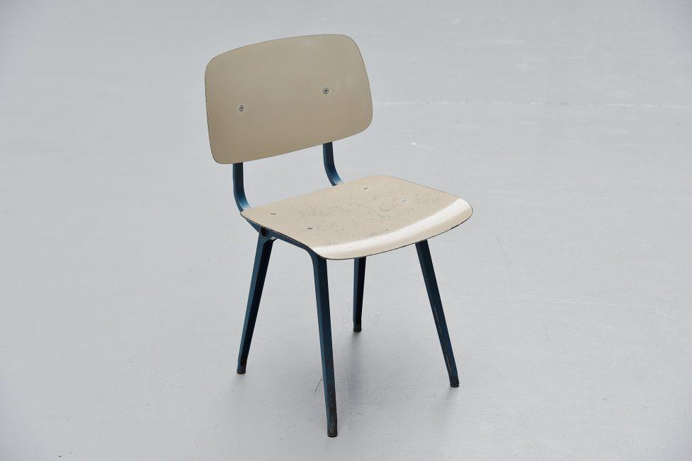 Friso Kramer Revolt chair Ahrend de Cirkel 1953 Grey Blue Grey