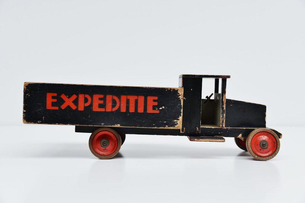 Ado Ko Verzuu truck expedition Holland 1935