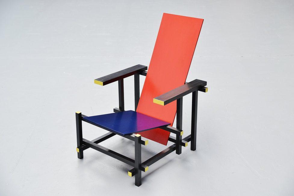 Gerrit Thomas Rietveld red blue chair Gerard van de Groenekan 1966