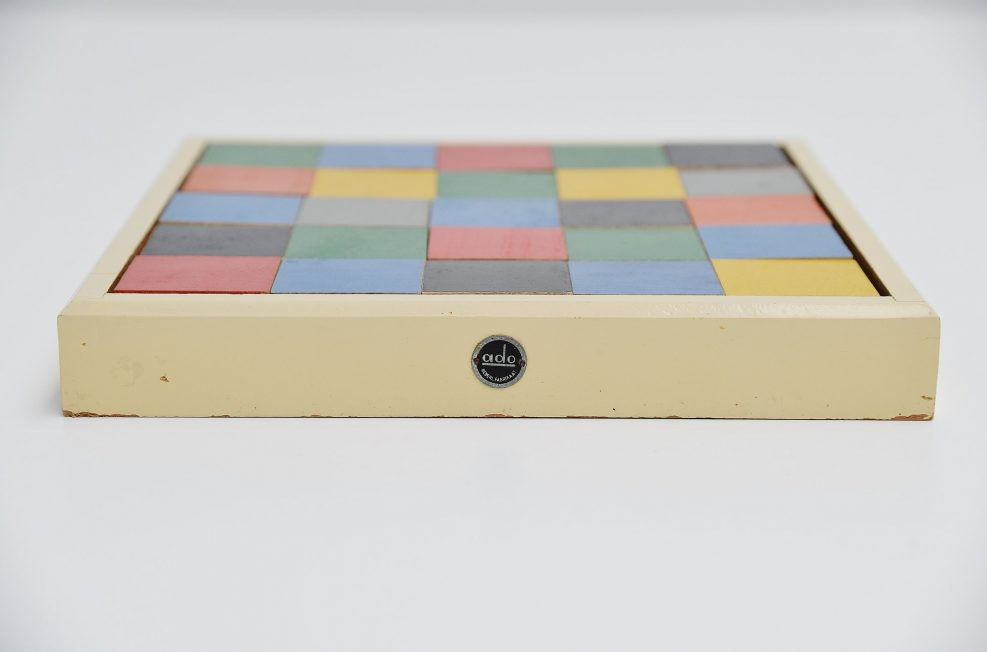 Ado Ko Verzuu tiles puzzle box model 259. Holland 1939