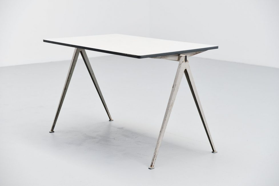 Wim Rietveld Pyramid table Ahrend de Cirkel 1960