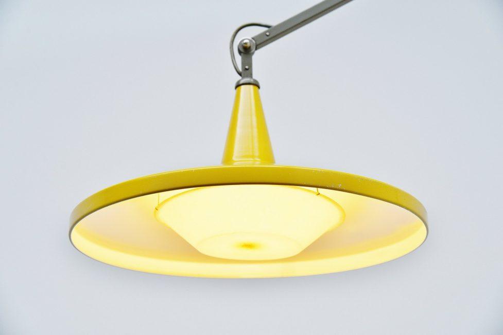 Wim Rietveld Gispen white 4050 Panama lamp yellow 1955
