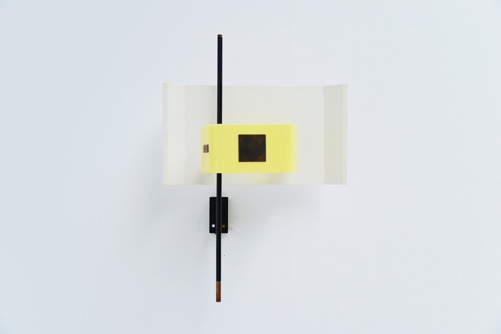 Stilnovo wall lamp model 2020 yellow plexiglass, Italy 1955
