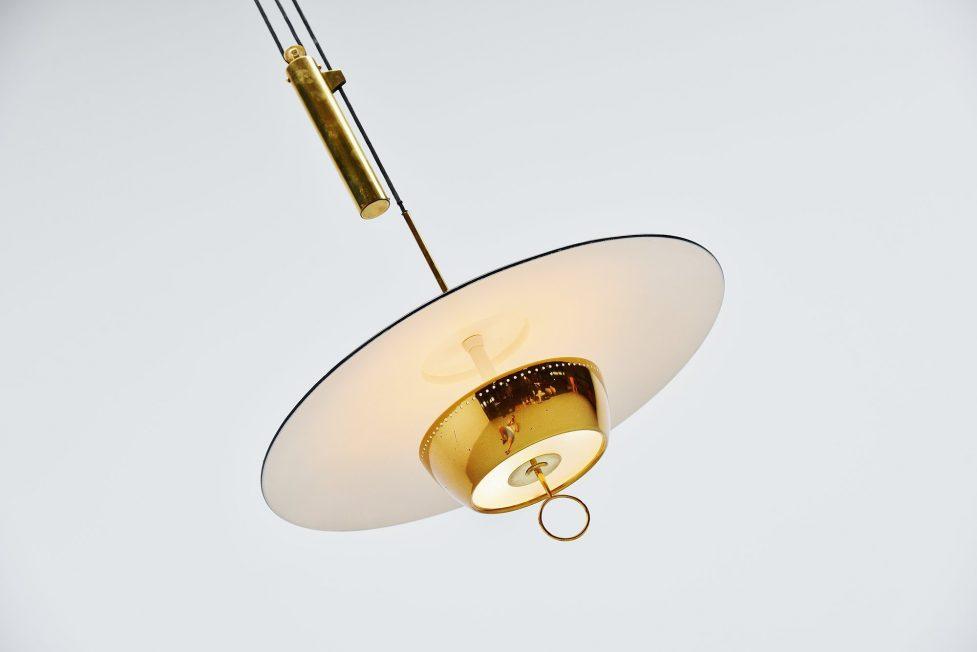 Stilnovo Gaetano Sciolari chandelier model A5011, Italy 1952